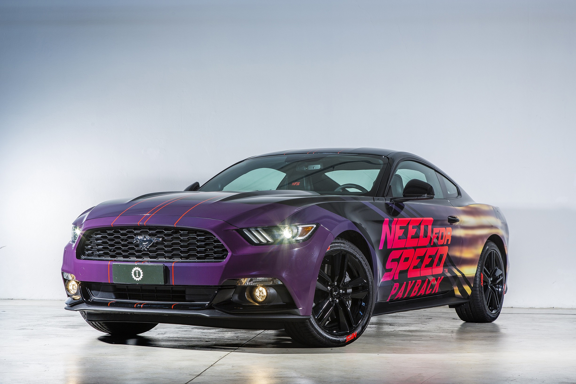 ford mustang personalizzata per need for speed payback qn motori. Black Bedroom Furniture Sets. Home Design Ideas