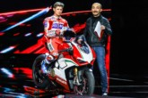 Video Ducati World premiere 2018, la V4 Panigale, Stoner e le novità 09.28.24