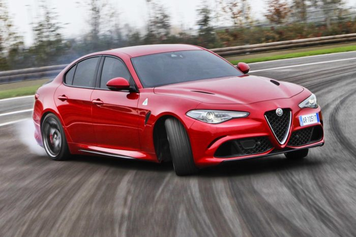 Alfa Romeo Giulia finalista a World Car of the Year 2018
