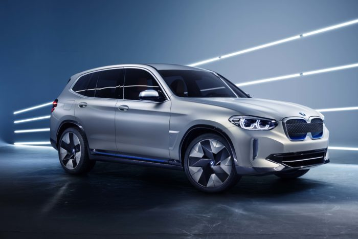 BMW iX3 al Salone di Pechino