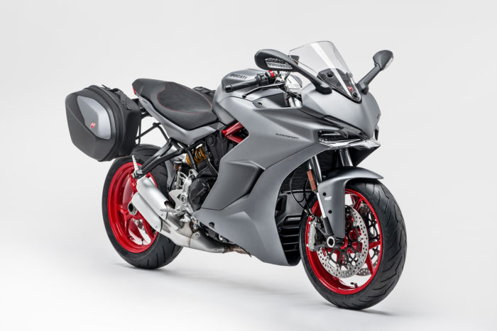Ducati SuperSport, nuove carene Titanium Grey
