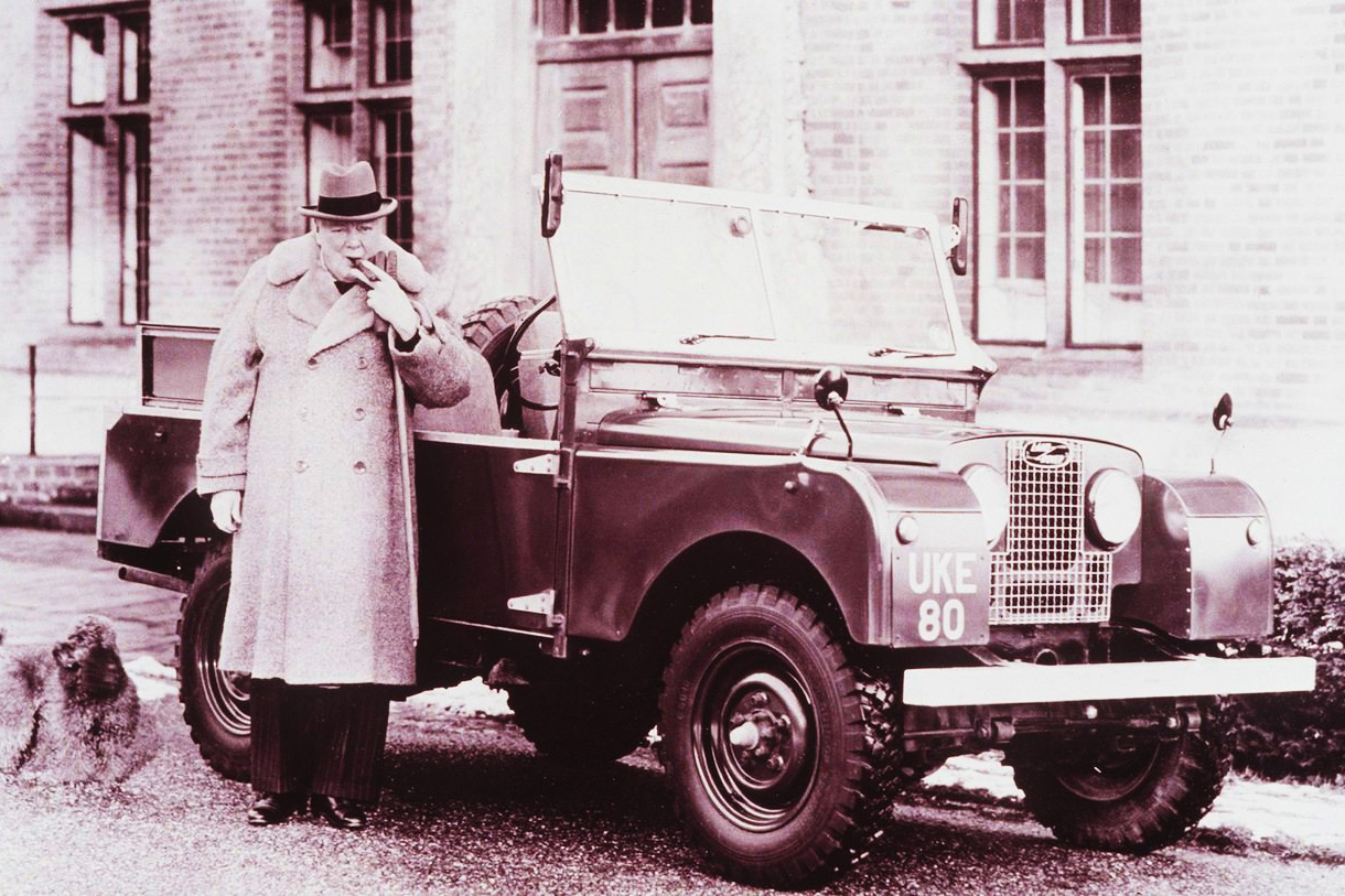 Land Rover Defender - Series 1 con il grande Winston Churchill