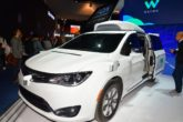 Chrysler Pacifica Hybrid di Waymo