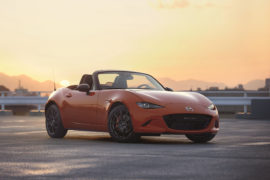 Mazda MX-5 30th Anniversary Edition, eterna spider in Racing Orange