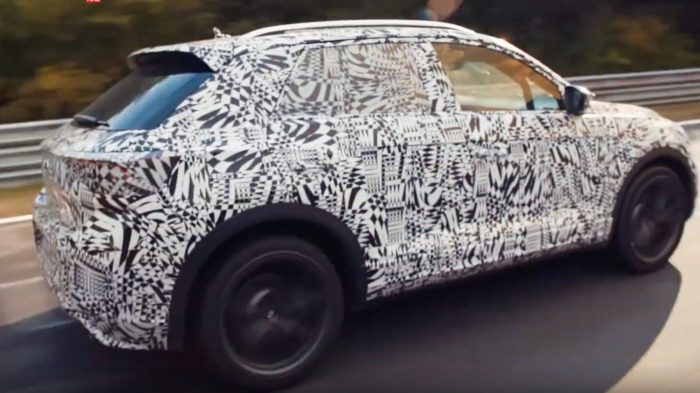 Volkswagen T-Roc R, crossover muscolare da 300 cavalli. Video al Ring