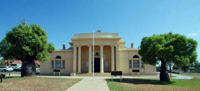 Roma (AUSTRALIA)_Court House Queensland (CC) Kevin Stone https://creativecommons.org/licenses/by-sa/3.0/deed.en