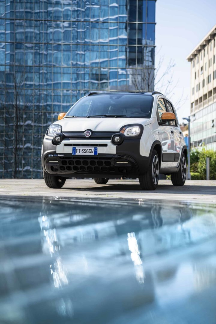 Fiat Panda Connected by Wind 13