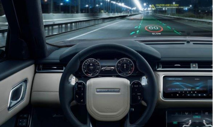 Jaguar Land Rover - Nuovi head up display in 3D 2