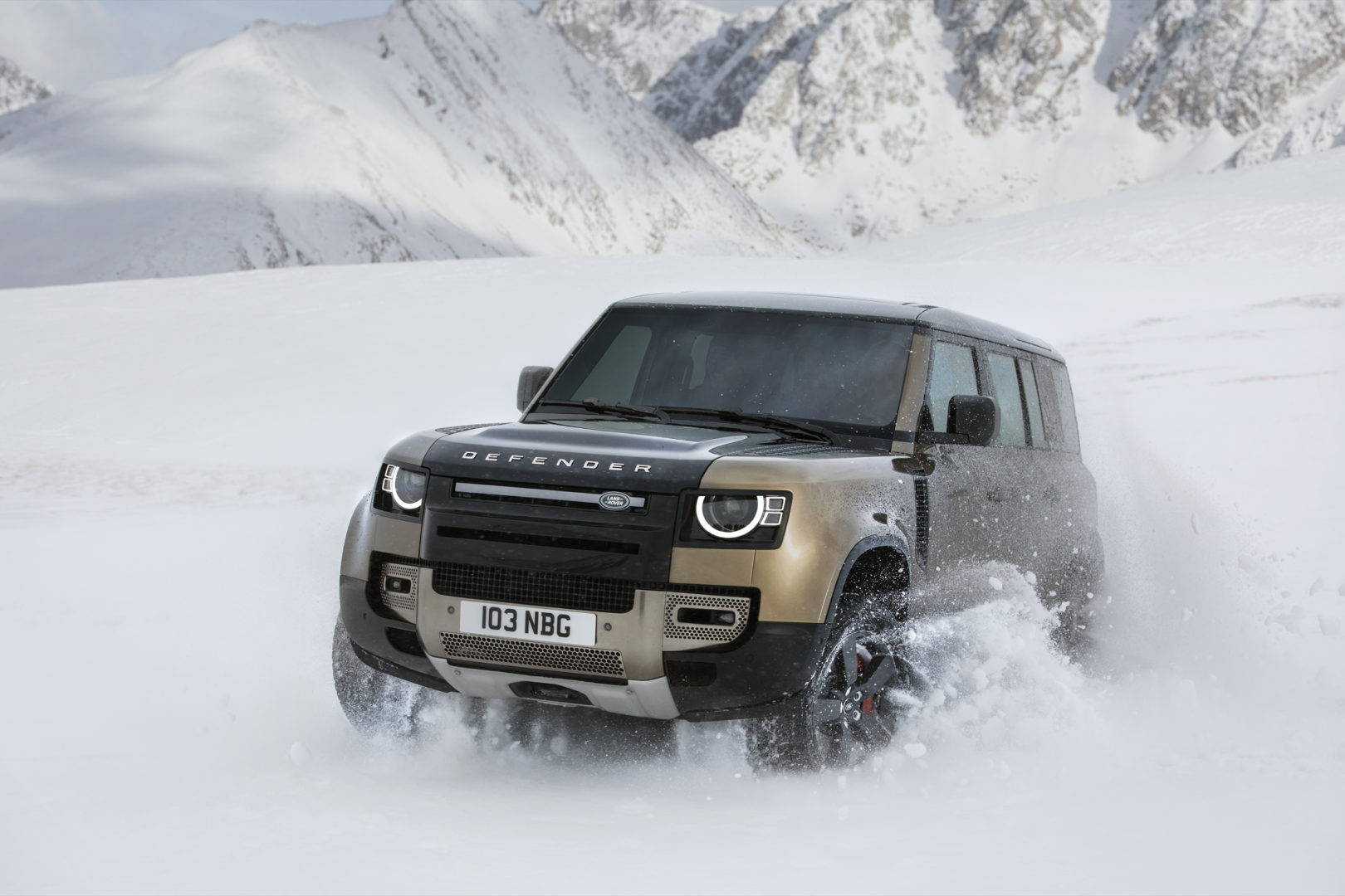 Land Rover Defender 2020 34