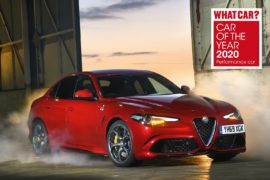 Alfa Romeo Giulia Quadrifoglio, triplete al Car of the Year 2020