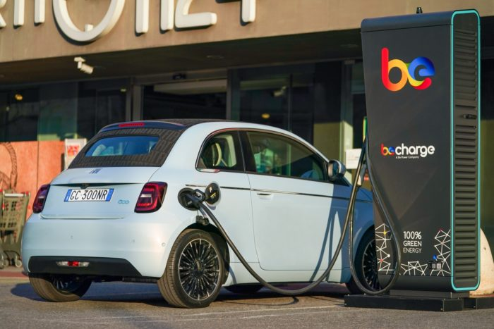 FCA, Carrefour e Be Charge con Shop & Charge per Fiat 500 elettrica - 2