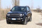 Jeep Renegade 4xe, animo off-road, cuore elettrificato