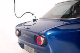 Silla Industries realizza i wallbox custom per Totem GT Electric, la Giulia GT a elettroni