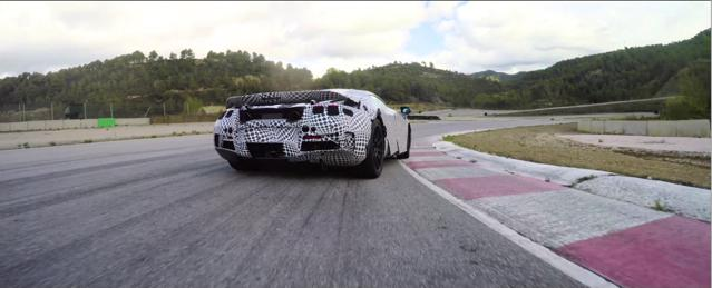 McLaren Super Series, la supercar al Salone di Ginevra. Video