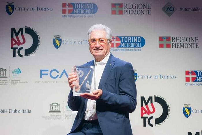 Giorgetto Giugiaro riceve il premio Matita d'Oro _1